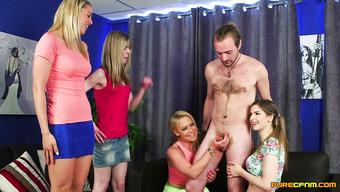 Шальные девушки дрочат член мужика до семяизвержения